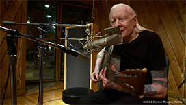 Greg Olliver: Johnny Winter - Down & Dirty